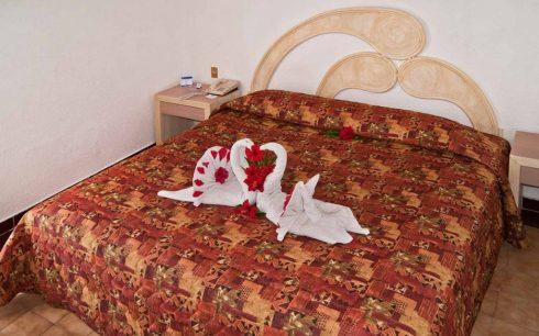 Promociones del Hotel Qualton Ixtapa. Paquetes del Hotel Qualton Ixtapa. Ofertas del Hotel Qualton Ixtapa. Descuentos del Hotel Qualton Ixtapa. ACA RESERVAS IXTAPA. Fotos del Hotel Qualton Ixtapa. Comentarios del Hotel Qualton Ixtapa. Videos del Hotel Qualton Ixtapa. Habitaciones del Hotel Qualton Ixtapa. Teléfono del Hotel Qualton Ixtapa. Opiniones del Hotel Qualton Ixtapa